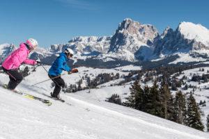 Sciare nelle Dolomiti sull'Alpe di Siusi e Val Gardena